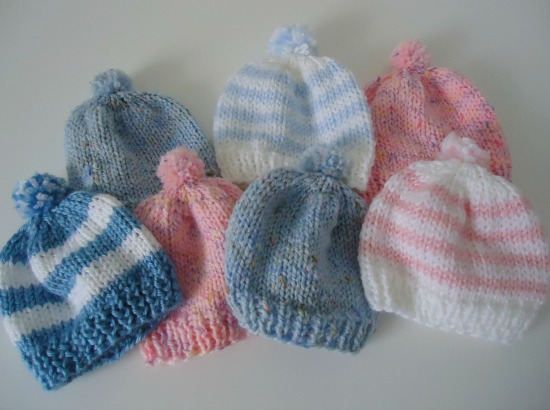 Easy Knitting Patterns For Beginners Baby Hats : Knitting Newborn Hats for Hospitals - The Make Your Own Zone