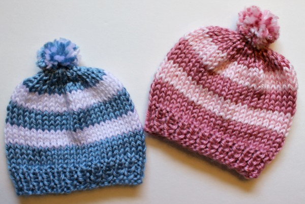 Free Knitting Pattern - Quick Knit Newborn Baby Hat. Easy for beginners too! 2d50b377dc5f