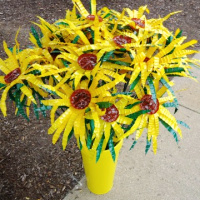 Making Sunflowers from Water Bottles