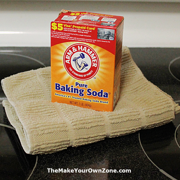 Baking soda for cleaning a glass stove top