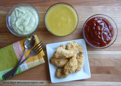 homemade chicken nuggets with dipping suaces