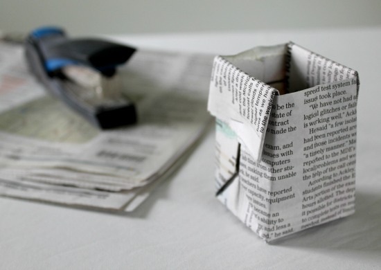 how to make a seed starter pot from newspaper