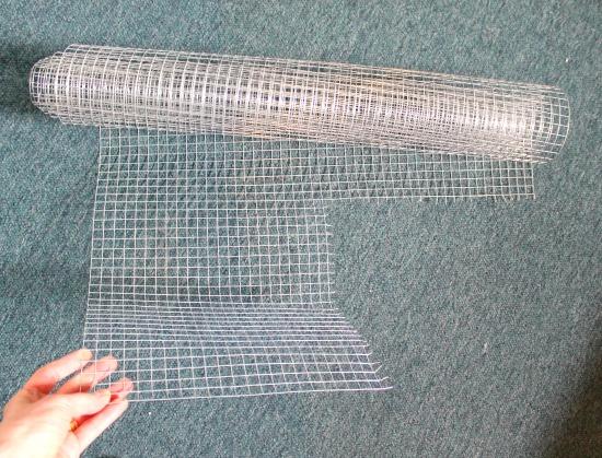 chicken wire for a jewelry organizer