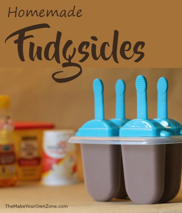 Homemade Fudgsicles | Make your own fudgsicles with these simple and tasty ingredients.