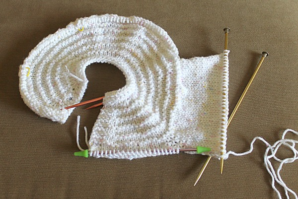 Another 40 Hour Baby Sweater Knitting Pattern Delectable Free Knitting Patterns For Baby Sweaters