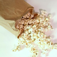 How to make homemade microwave popcorn bags