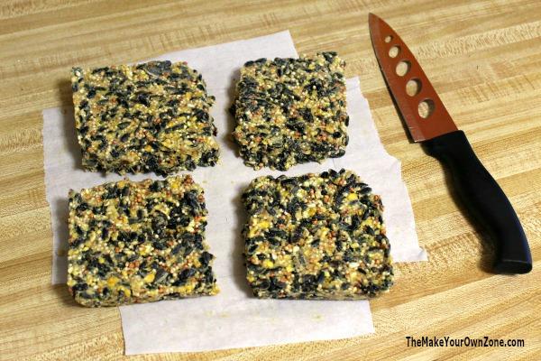 Homemamde Birdseed recipe to make four suet cakes