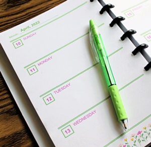 make your own planner using a disc bound notebook and free printable pages